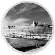 Norwegian Epic Visit Round Beach Towel