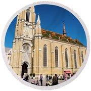 Novi Sad Cathedral Round Beach Towel