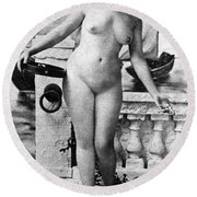 Nude In Venice, 1902 Round Beach Towel