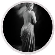 Nude Woman Model 1722  018.1722 Round Beach Towel