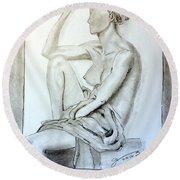 Nude Woman Viii Round Beach Towel