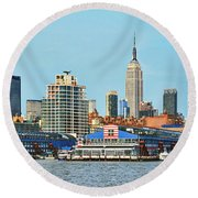 Ny Skyline And Chelsea Piers Round Beach Towel