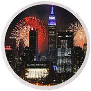 Nyc 4th Of July Fireworks Round Beach Towel