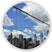Nyc Catch Me If You Can Round Beach Towel