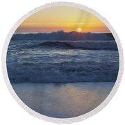 Ocean Wave Kisses The Sun Round Beach Towel