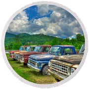 Odd Man Out Fords And Friend  Round Beach Towel