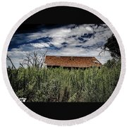 old abandoned house Texico NM Round Beach Towel