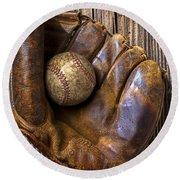 Old Baseball Mitt And Ball Round Beach Towel