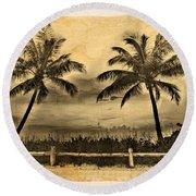 Old Beach Round Beach Towel