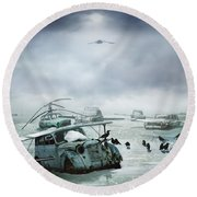 Old Birds Round Beach Towel
