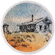Old Cabin Round Beach Towel