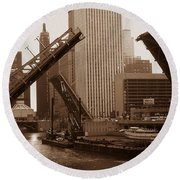 Old Chicago River Bridges Round Beach Towel
