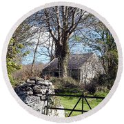 Old Cottage  Round Beach Towel
