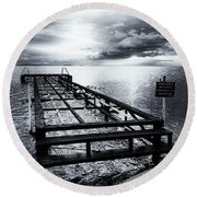 Old Dock Bw Round Beach Towel