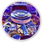 Old Engine Of American Car Round Beach Towel