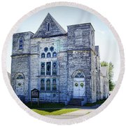 Old English Congregational Church Round Beach Towel