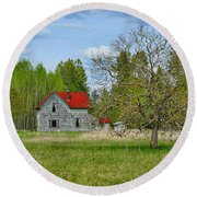 Old Farm House In Langley Round Beach Towel