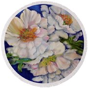 Old Fashioned Roses Jenny Lee Discount Round Beach Towel