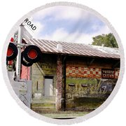 Old Freight Depot Perry Fl. Built In 1910 Round Beach Towel