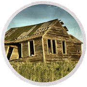 Old Home Falling In Round Beach Towel