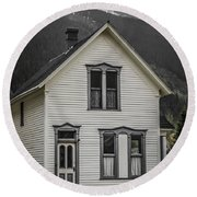Old House And Dandelions Round Beach Towel