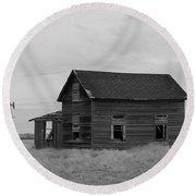 Old House And Windmill North Dakota  Round Beach Towel