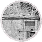 Old House In Taormina Sicily Round Beach Towel