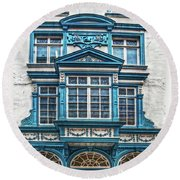 Old Irish Architecture Round Beach Towel