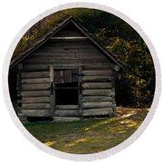 Old Log Cabin Round Beach Towel