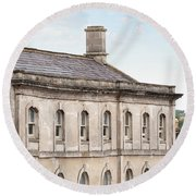 old mill building Oxford, England Round Beach Towel