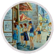 Old Montreal Street Scene Round Beach Towel