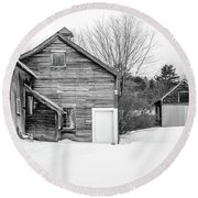 Old New England Barns In Winter Round Beach Towel