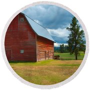 Old Red Big Sky Barn  Round Beach Towel