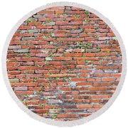 Old Red Brick Wall Round Beach Towel