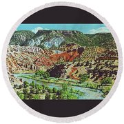 Old Roads To Chama Round Beach Towel