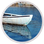 Old Row Boat Round Beach Towel