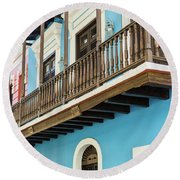 Old San Juan Houses In Historic Street In Puerto Rico Round Beach Towel