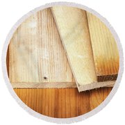 Old Spruce Boards On Top Of Each Other Round Beach Towel