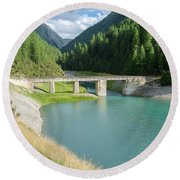 Old Stone Bridge Round Beach Towel