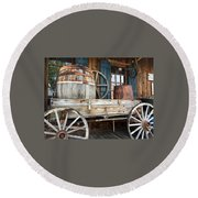 Old Wagon And Barrell Round Beach Towel