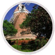 Old Windmill Round Beach Towel