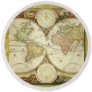 Old World Map On Gold Round Beach Towel