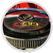 Olds 442 Air Cleaner Round Beach Towel