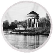 On The Lake At Fdr Park Round Beach Towel