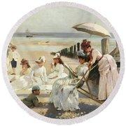 On The Shores Of Bognor Regis Round Beach Towel
