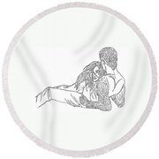 One Line Drawing Lovers On The Beach Round Beach Towel
