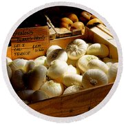 Onions Blancs Frais Round Beach Towel