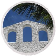Open Air In St. Maarten Round Beach Towel