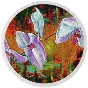 Orchid A Round Beach Towel
