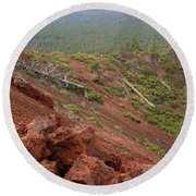 Oregon Landscape - Red Rocks At Lava Butte Round Beach Towel